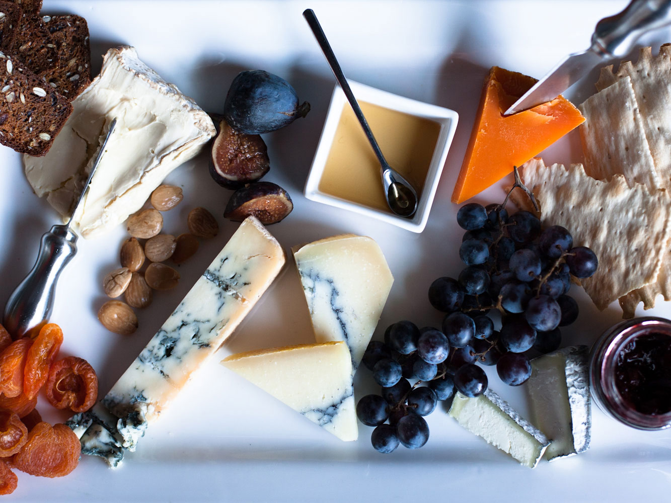 cheeseboardwithgrapes